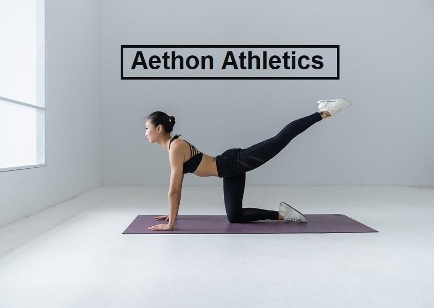Fitness Frau workout zuhause