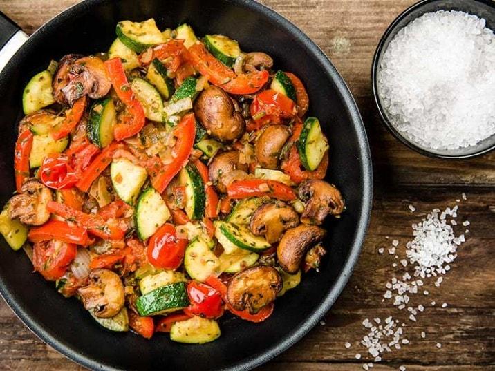 Gemüsepfanne low carb rezept