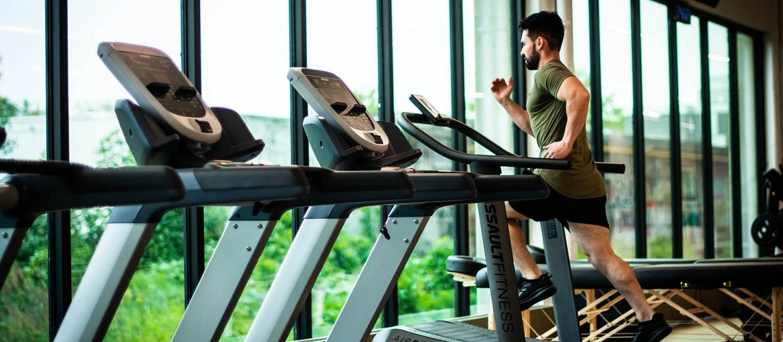 ausdauer training zuhause cardio geräte